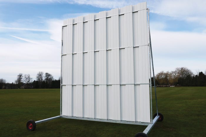 Stadia Elite' Polypropylene Cricket Sight Screens - 4.5m High x 5m Wide